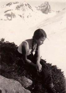 Elisabeth Noelle on a moutain hike in Zürs, Austria (1930)